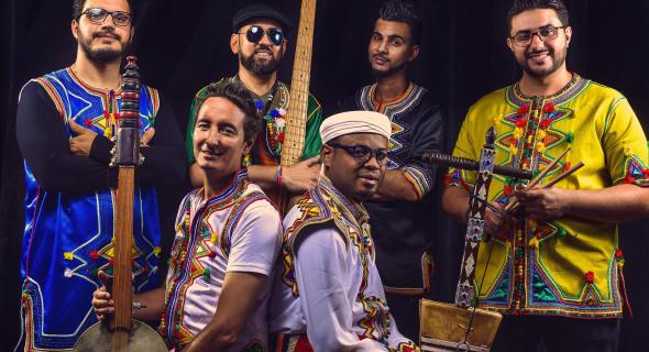 مجموعة رباب فيزيون تتوج بلقب موروكو ميوزيك اوردس لأحسن فرقة غنائية في صنف الفزيون روك