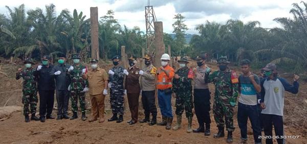TMMD Bangun Jalan Dan Jembatan Penghubung Desa Bangun Jaya Dengan Desa Bukit Harapan