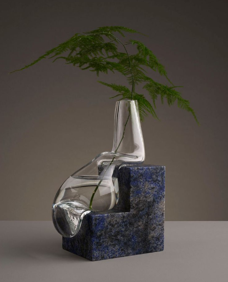 COOL VASES THAT WILL MAKE YOUR HOME OUTSTANDING