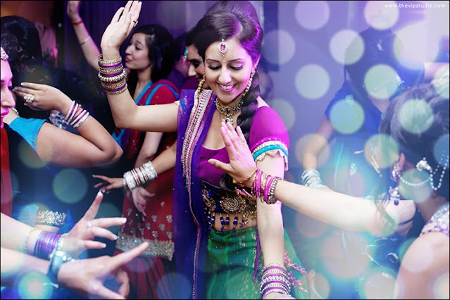 Top 20 Bollywood Dance Songs Of All Time