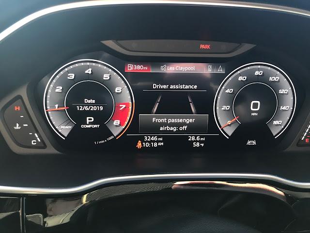 Virtual cockpit in 2019 Audi Q3 S Line quattro