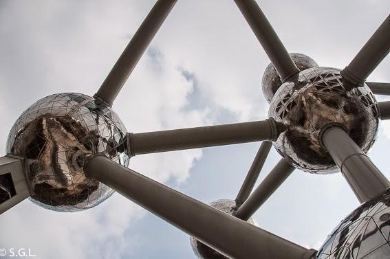 Detalle de los atomos del Atomium de Bruselas
