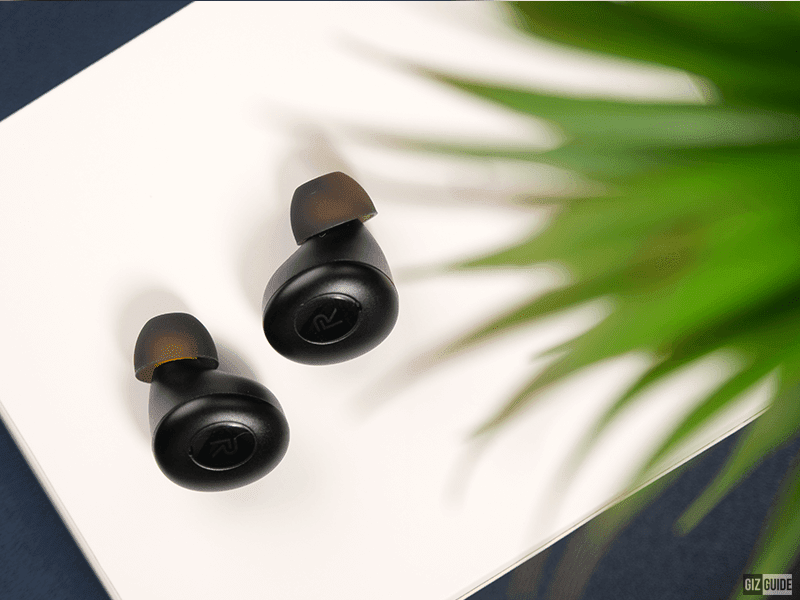 These earbuds really took inspiration from pebbles