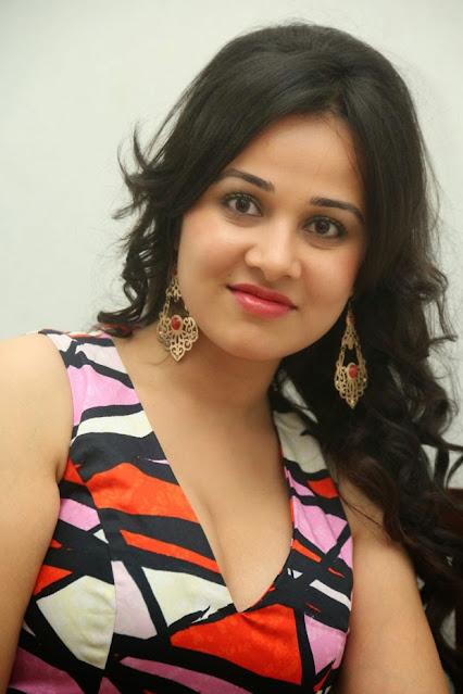 Actress Nisha Kothari Latest Hot Stills Actress Trend