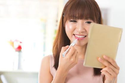 6 Tips Menggunakan Makeup Dasar Agar Lebih Hemat Dan Efektip