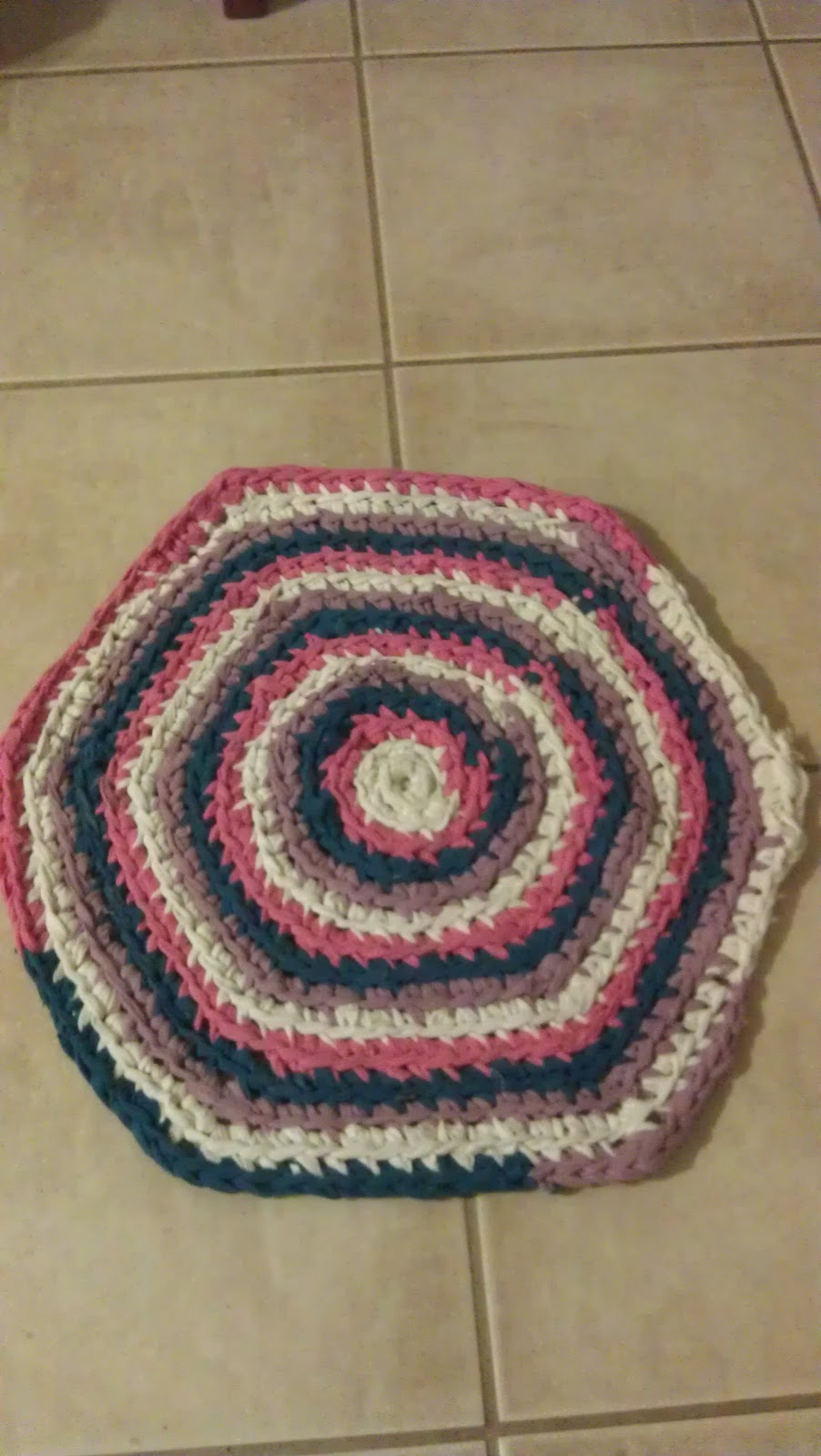 Crochet Blog- JellyBeanster: Crochet Recycled T-shirt yarn Rug