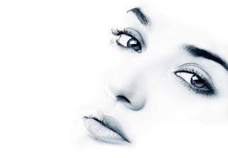 Tips alami yang tepat memutihkan kulit wajah