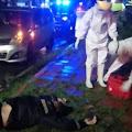 Polisi dan Petugas Medis Evakuasi Pengendara Sepeda Motor Tergelatak di Kalimanah