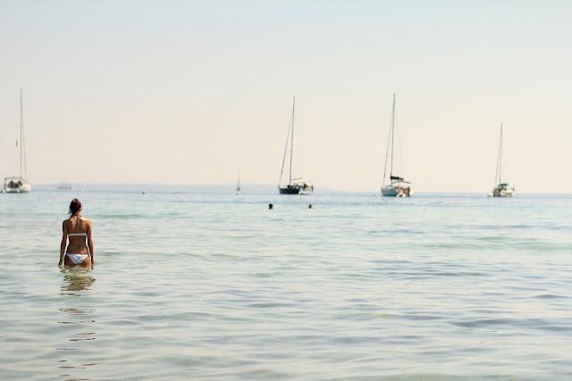 Nuevas normas amenazan la fiesta en Ibiza