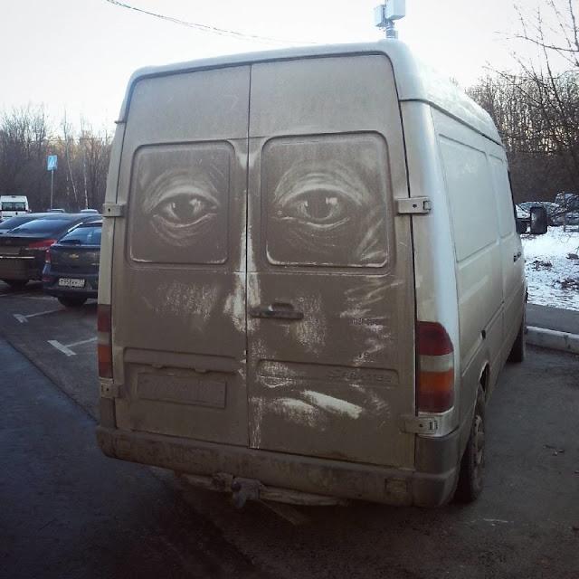 sorprendentes ilustraciones de Nikita Golubev en automoviles sucios