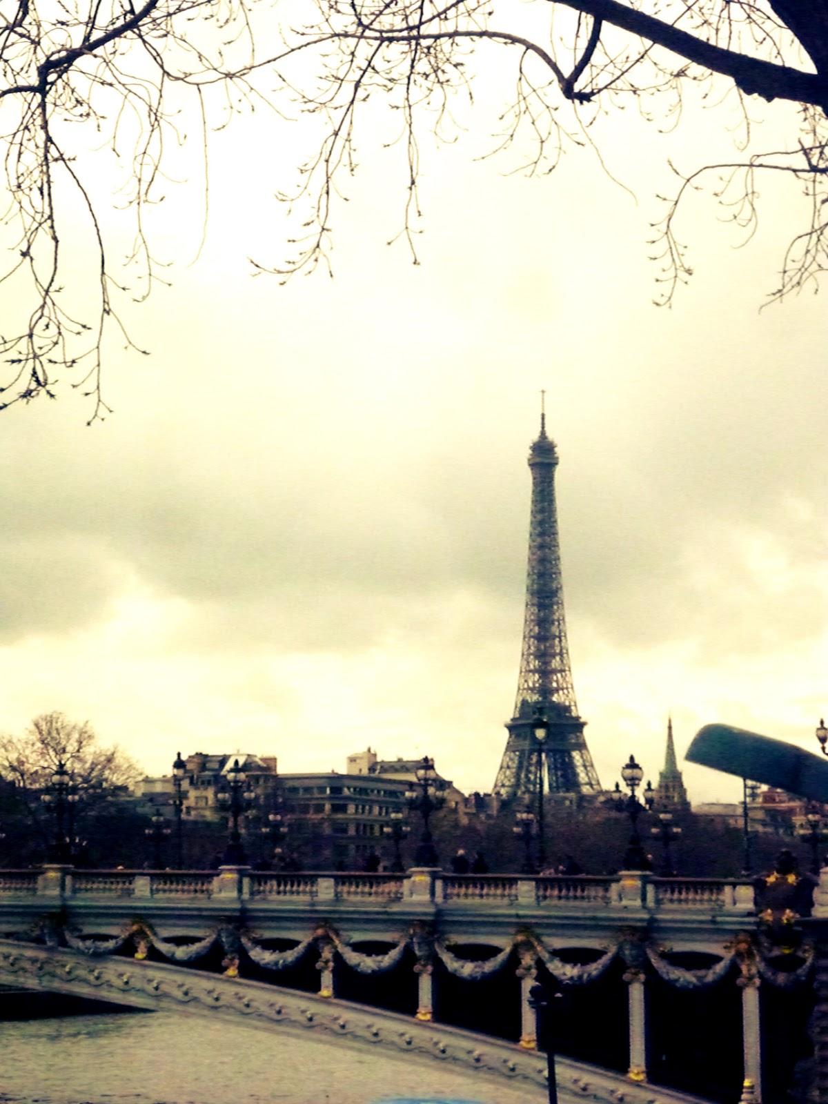 Beautiful Game Girls Wallpaper Paris Tumblr Free Download Wallpaper