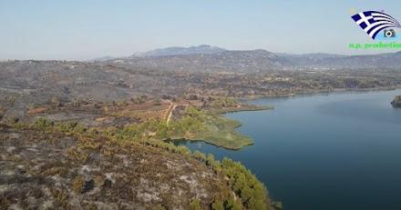 Η επέλαση της καταστροφικής πυρκαγιάς στην Λίμνη του Μαραθώνα (video)