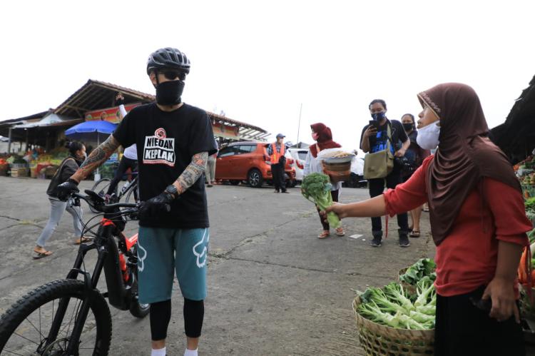 Rela Gowes 53 Kilometer, Ganjar Temui Petani Muda Kreatif