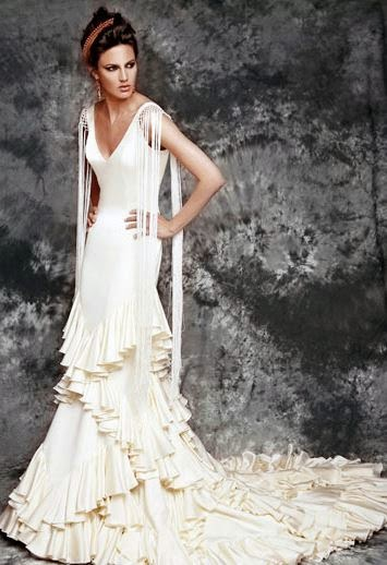 As I M Looking To Take Flamenco Cles In Nyc Thought Why Not Share Some Of These Beautiful Inspired Wedding Dresses With You Enjoy