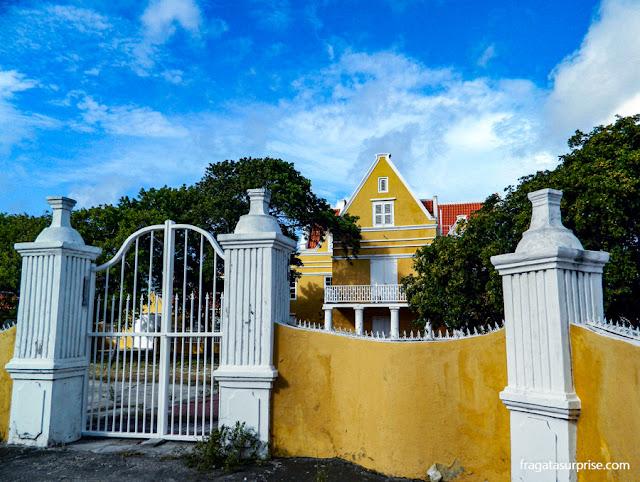 Curaçao - casarão no bairro de Scharloo, em Willemstad