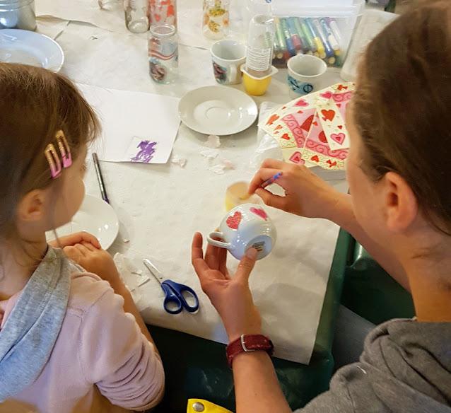 Urlaub auf Fanø mit Kindern: 3 weitere Ausflüge für Familien. Schlechtwettertage verbringen mit Porzellan bemalen im Club Fanö!