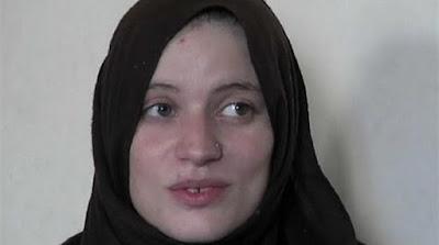 İŞİD-ə qoşulan Fransalı qadın ölkəsinə qayıtmaq üçün fəryad edir