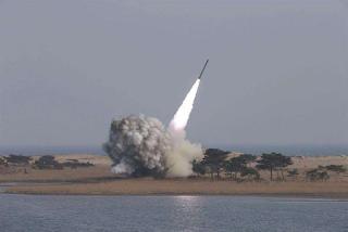 Corea del Norte prueba balistica