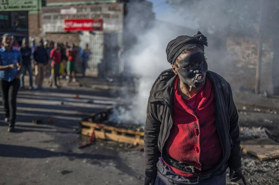South Africa Zuma Riots: Looting and Unrest Leaves 72 Dead!