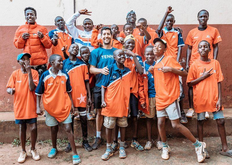 El conmovedor trabajo de Hans Podlipnik en Uganda