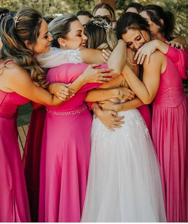 foto noiva com madrinhas de casamento