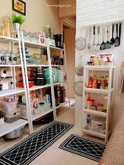 Idea susun atur dekorasi dapur gaya Ikea