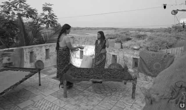 aate-ki-chakki-charmsukh-download-filmyzilla