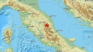 http://freshsnews.blogspot.com/2016/10/30-isxyros-seismos-stin-italia.html