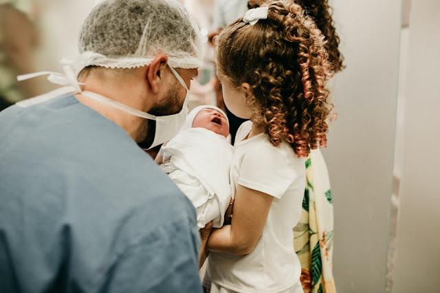 فحص طفلك: حديثي الولادة - جميع الاسئلة - Your Child's Checkup: Newborn