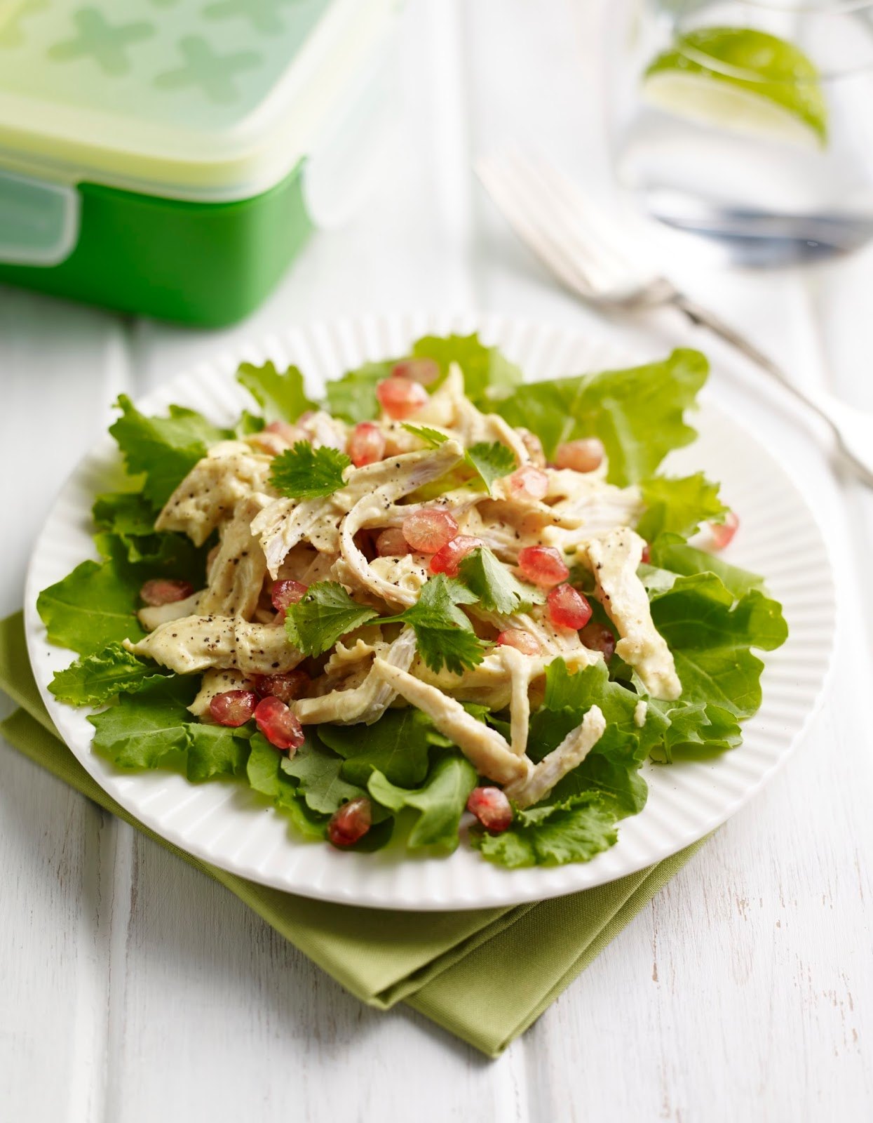 How To Make A Shredded Chicken and Baby Kale Lunch Box