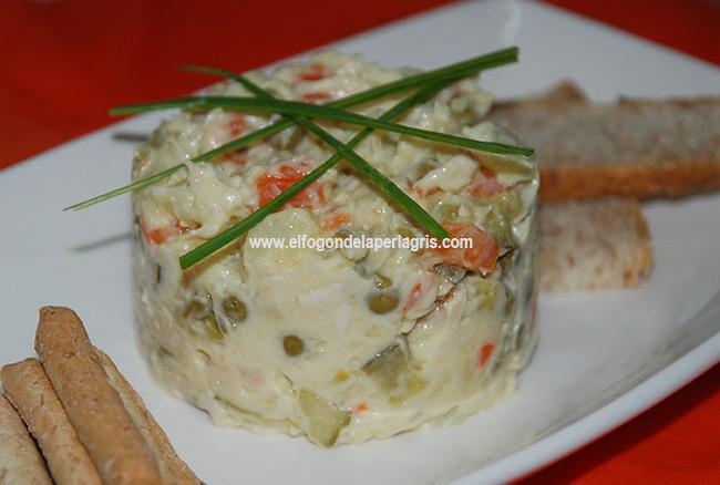 Salata boeuf o ensaladilla rusa de pollo