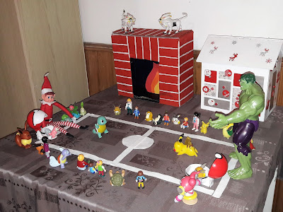 drole humour tradition coutume pokemon elf on the shelf lutin noel