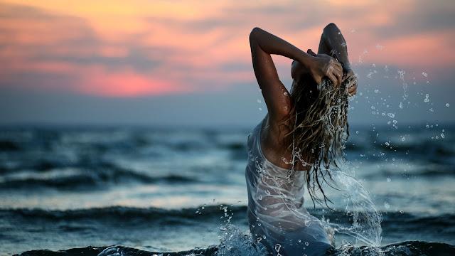 Как позаботиться о волосах на море?