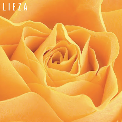 "LIEZA Unveils Acoustic Version Of ""Yellow Roses"""