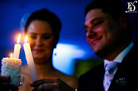 casamento com cerimônia a recepção no salão foyer do grêmio náutico com decoração simples em dourado branco e laranja por fernanda dutra eventos cerimonialista em porto alegre