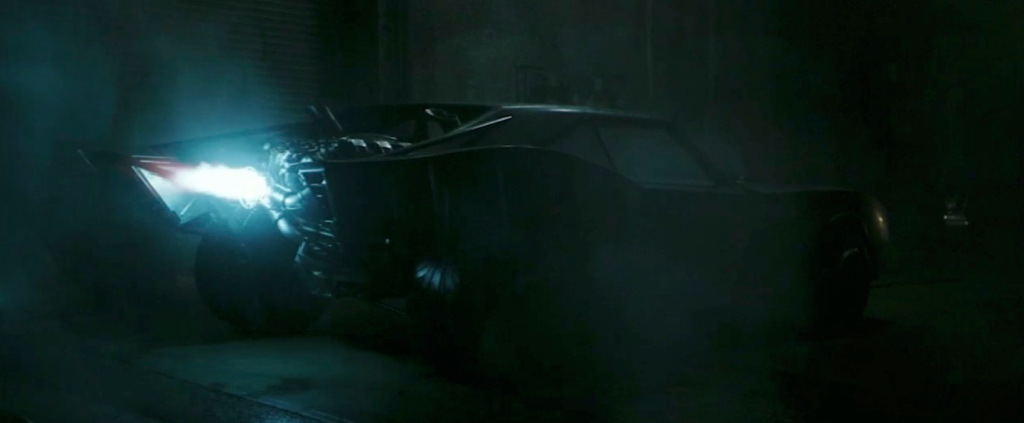 The Batman : Batmobile first day-light look out now