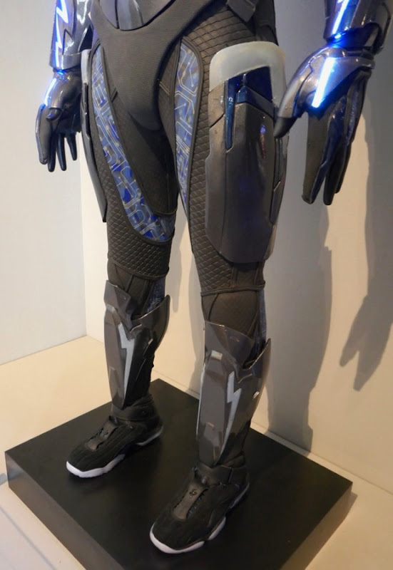 Black Lightning costume legs
