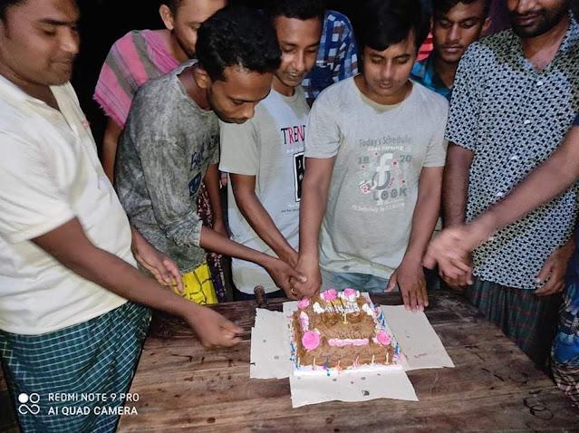 ২ নং পাশাপোল ইউনিয়ন ছাত্রলীগের সহ-সম্পাদক সবুজ আহম্মেদের জন্মদিন পালন