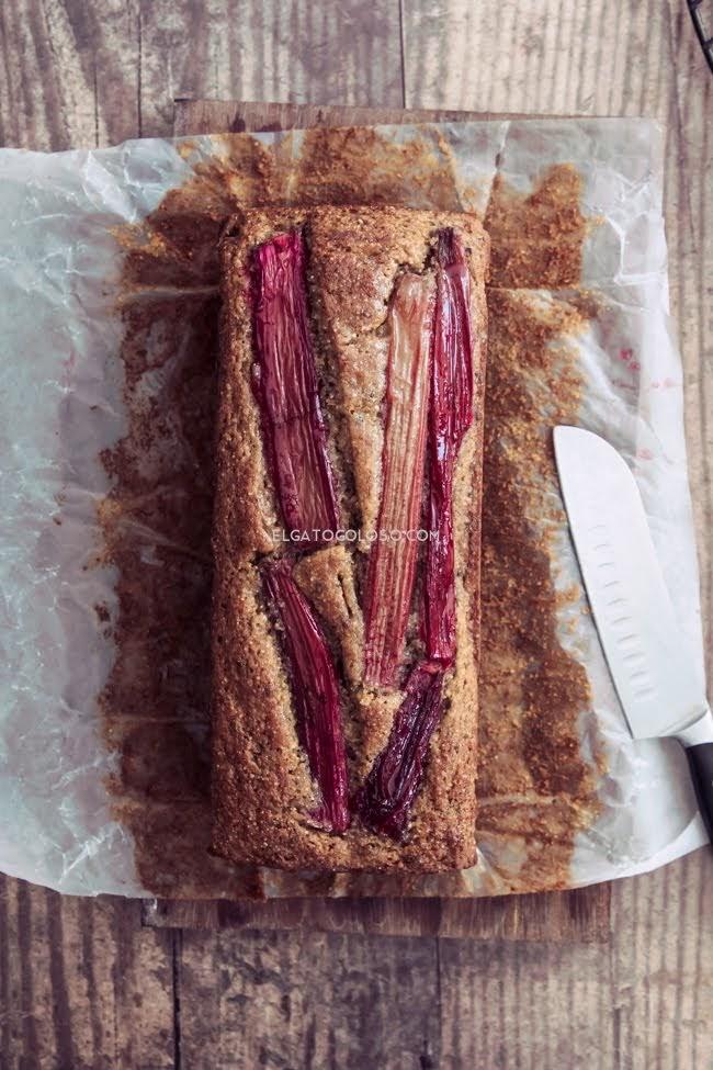 ruibarbo-banana-bread-elgatogoloso.com