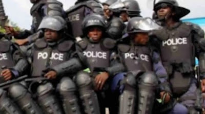 Police Gives Suspected Armed Robbers Hot Chase In Imo State, Nabs Two