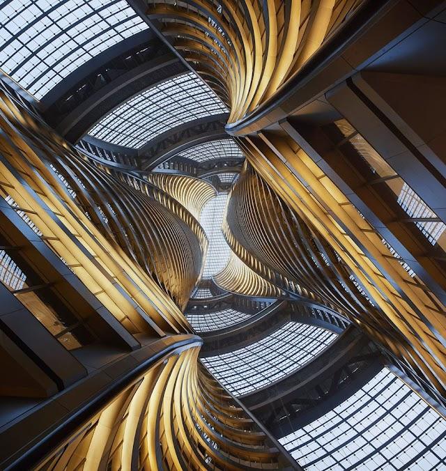 Leeza Soho Tower- tòa tháp xoắn có sân trong cao nhất thế giới