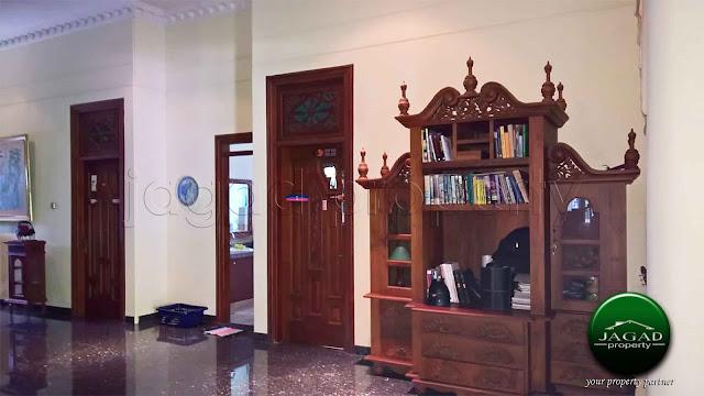 Rumah Mewah Etnik di Pringgolayan