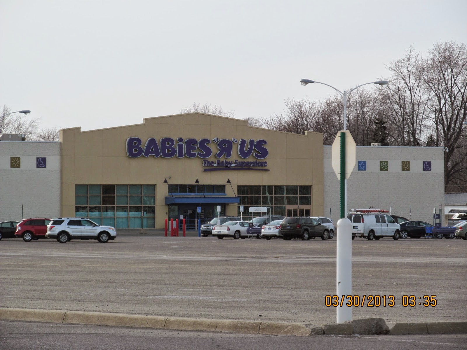 Rolling Oaks Mall Shoe Stores