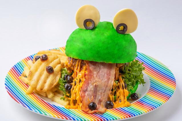 Pop Burger Harajuku Monster Cafe