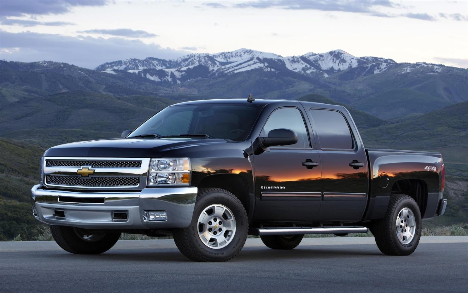 The standard four.3-liter V6 produces 195 power unit and 260 pound-feet of  torsion. LS trim consumers might upgrade to a four.8-liter V8 rated at 302  power ...