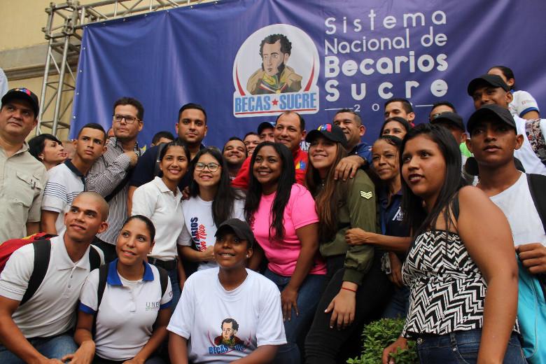 Inició segunda fase de Registro Nacional de Becas Sucre