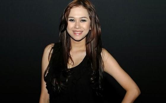 10 artis wanita tercantik di indonesia   berbagi 10