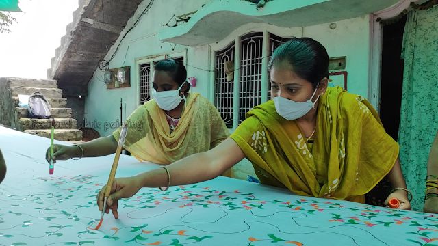 one day fabric paint training program on sarees pictures - 6