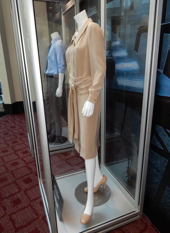 Meryl Streep Post film costume