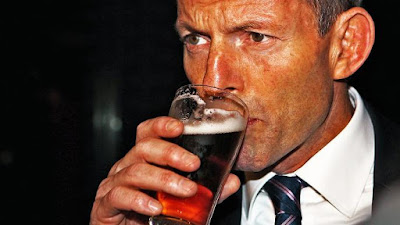 Australian PM slams predecessor for being 'too drunk'